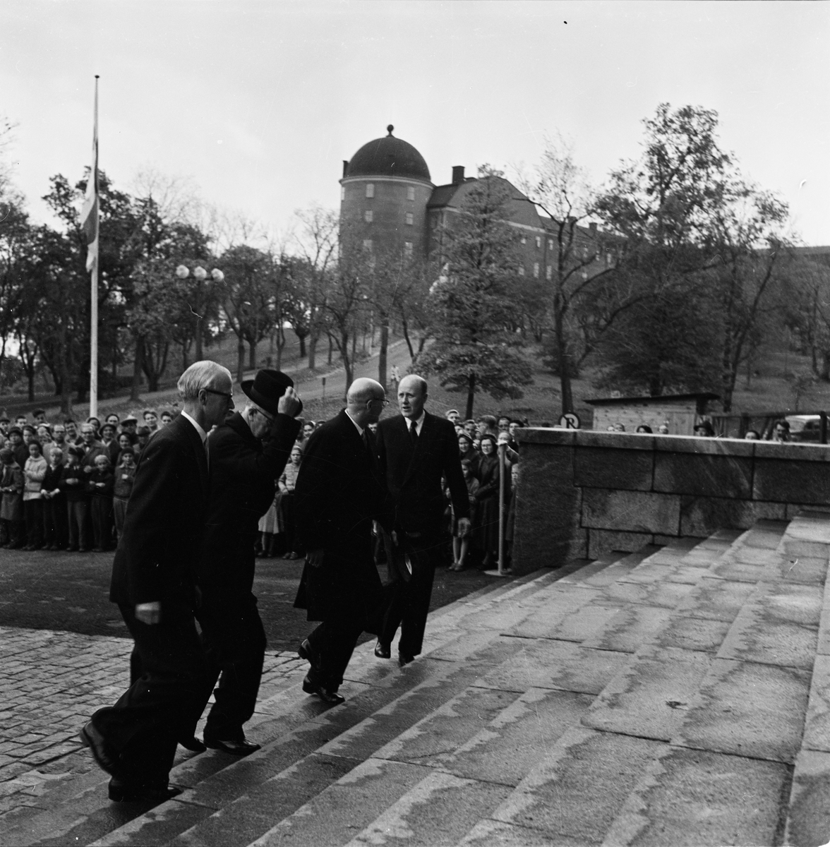 Finlands president Urho Kekkonen och kung Gustaf VI Adolf på besök i Uppsala, oktober 1956