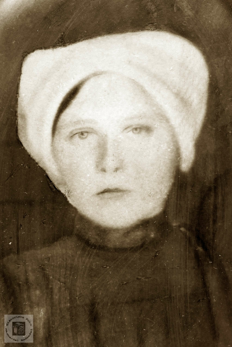 Portrett av Rakel Flottorp. Grindheim Audnedal.