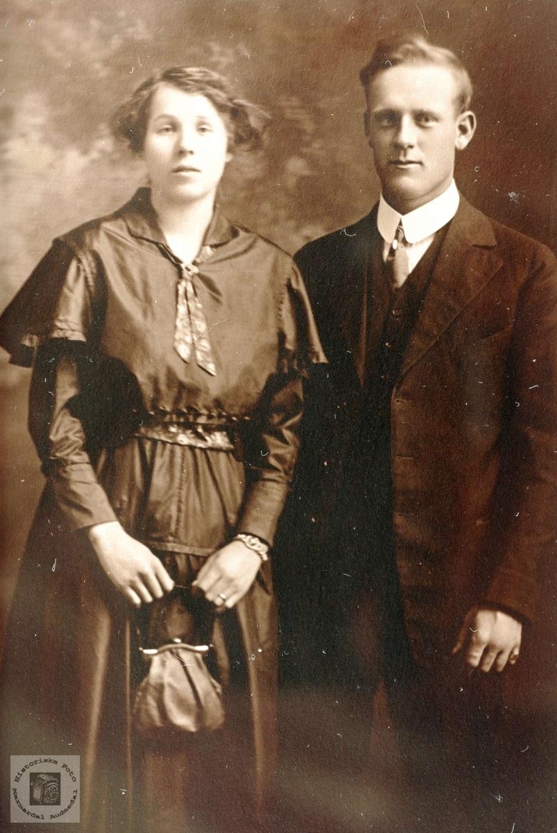 Portrett av ekteparet Olav T. Flottorp i USA.