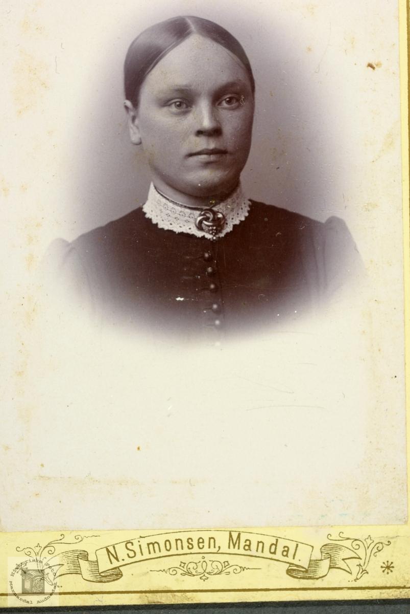 Portrett av Rakel Ågedal. Grindheim.