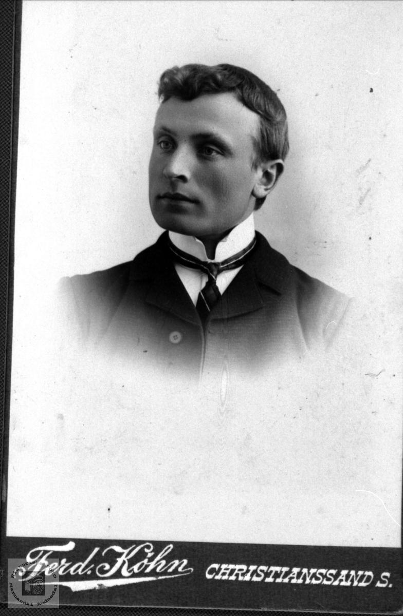Portrett av Elling Haugland, Bjelland.