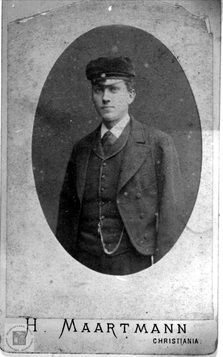 Portrett av Knut Høye, Øyslebø.