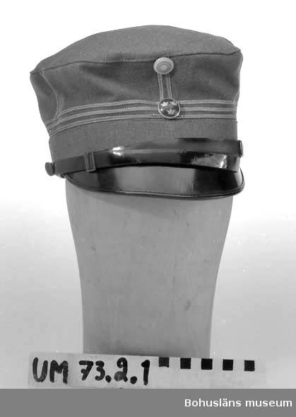 Ur punktnummerkatalogen 1958-1976: Kapten Anders Liljas sterbhus. Officersuniform m-23