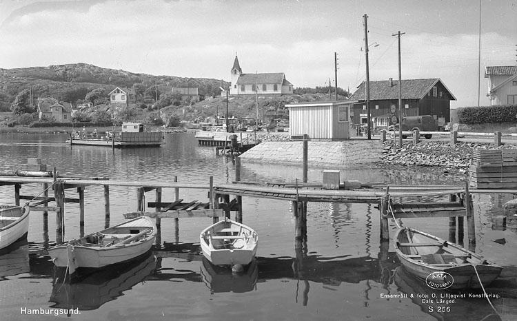 """Enligt AB Flygtrafik Bengtsfors: """"Hamburgsund m. båtar Bohuslän""""."""