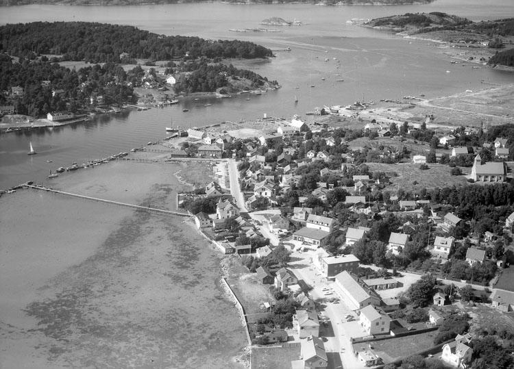 """Enligt AB Flygtrafik Bengtsfors: """"Stenungsund Bohuslän""""."""