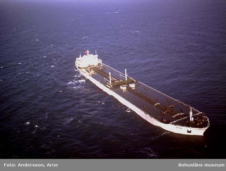 T/T Östhav D.W.T. 229.110 Rederi Per Lodding, Oslo Norge Kölsträckning 70-10-22 Nr. 236 Leverans 71-10-25 Tankfartyg