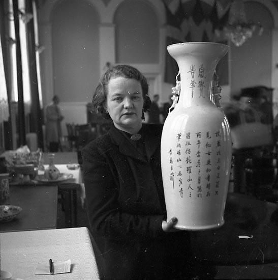 """Enligt notering: """"Ringius Auktion Mars 1951""""."""