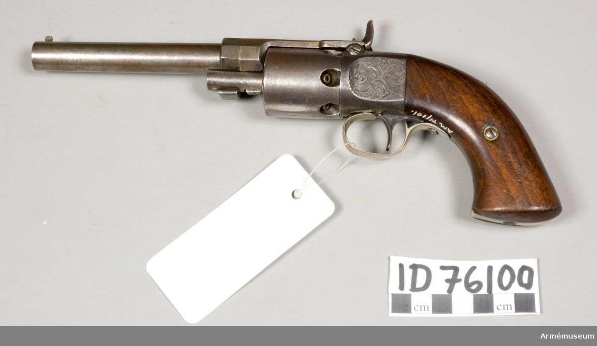 Grupp E III.  Mått kal .31 (7,8 mm).Trummans nr 811. Wesson och Levitts Patent 1839 och 1849.
