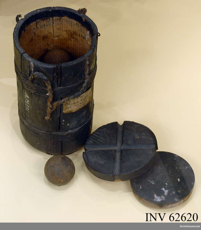 Grupp F II. 18-pundigt grovt skrå med 1-pundiga kulor