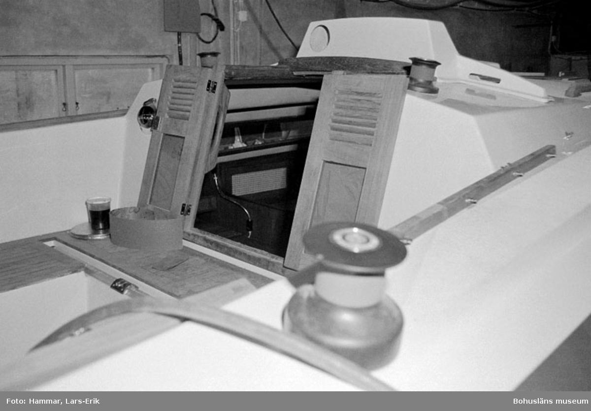 "Motivbeskrivning: ""Widholms industri AB, sittbrunn, Beason 31."" Datum: 19800911"