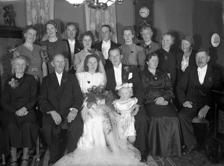 """Text till bilden:""""Erik Gustavssons bröllop""""."""
