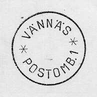 Datumstämpel, normalstämpel 59. Cirkulär heldragen ram,förkortat årtal under datum i mittfältet. Text; VÄNNÄS överst, och påundre halvan text; POSTOMB.1 omgiven av två streckstjärnor. Stamp avstål, träskaft med mässingring. Stämpeln använd åren 1934 - 1940 avpostombudet i Pengsjöby anhaltstation, Västerbotten. Postombudenersatte de s k stationära lantbrevbärarna 1932. Fr o m 19340701skulle dessa vara utrustade med datumstämpel.