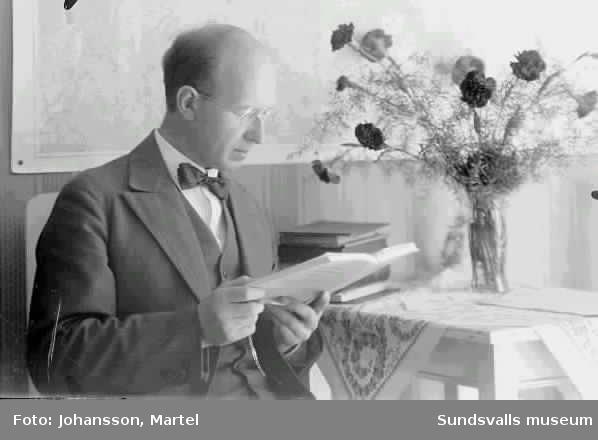 Ev Martel Johansson.