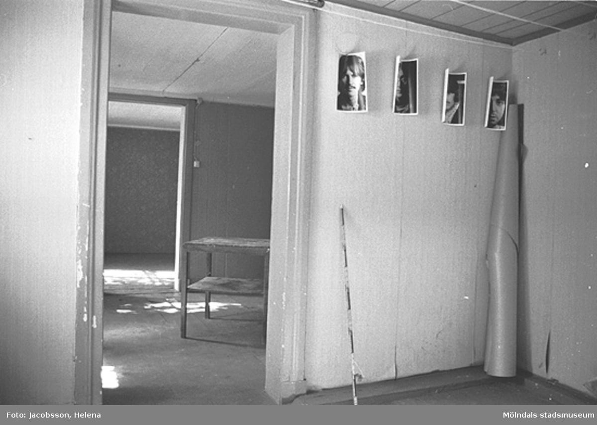 Interiörbild i bostadshus på Roten M 28 i Mölndals Kvarnby, 1972.