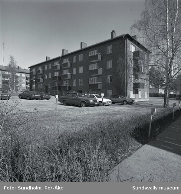 Inventering av 1940 - och 50-talsområden. Västergatan 24.   Byggår:1950. Arkitekt:Gunnar Wejke och Kjell Ödeen.