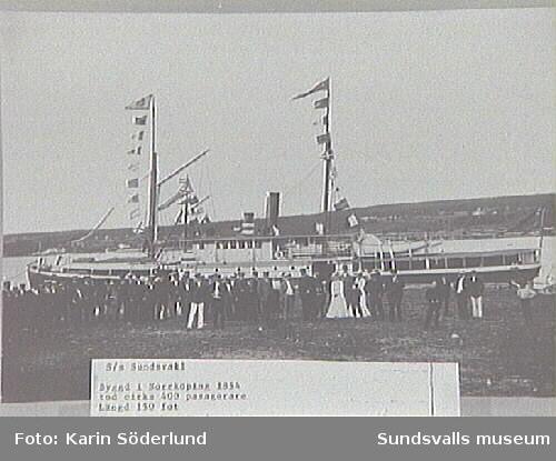 Alnö hembygdsförenings fotosamling.S/S Sundsvall byggd i Norrköping 1854, längd  150 fot.  .