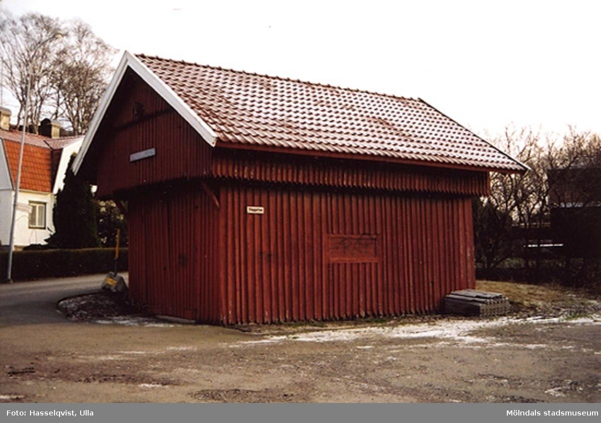 """""""Vågboden"""" på Våggatan 6 i Åby, Mölndal. År 2000."""