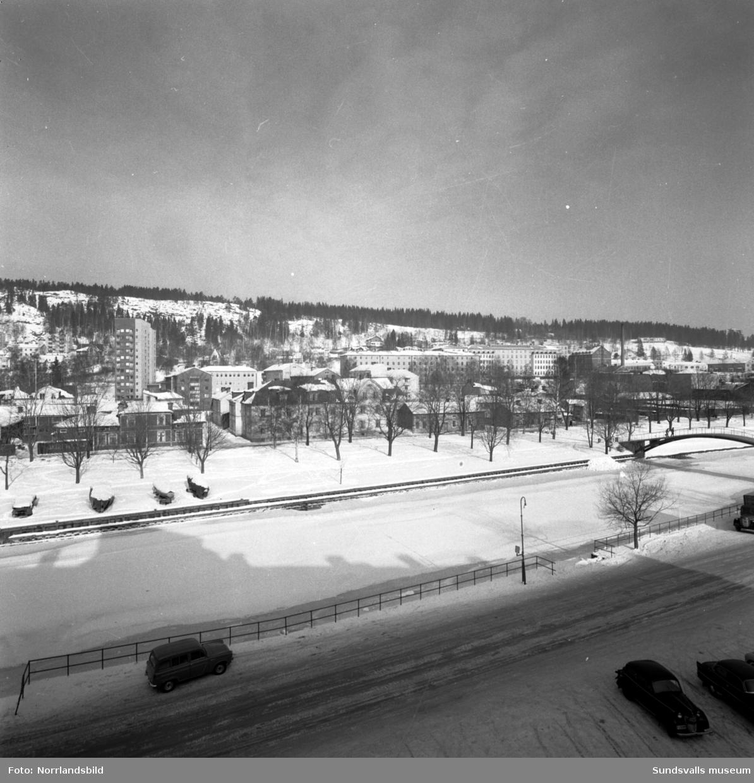 Gamla träbebyggelsen på Norrmalm fotograferat från Ågatan.