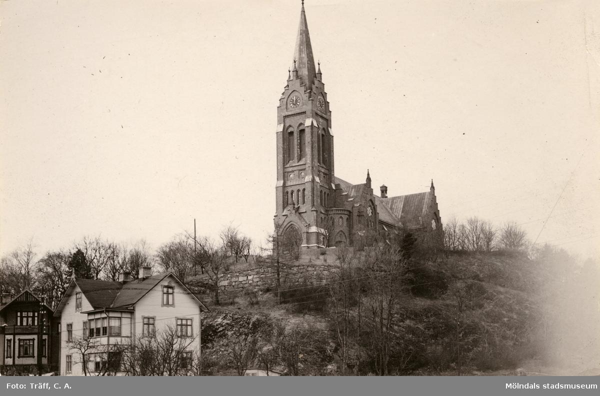 Fässbergs kyrka. Vy från öster.