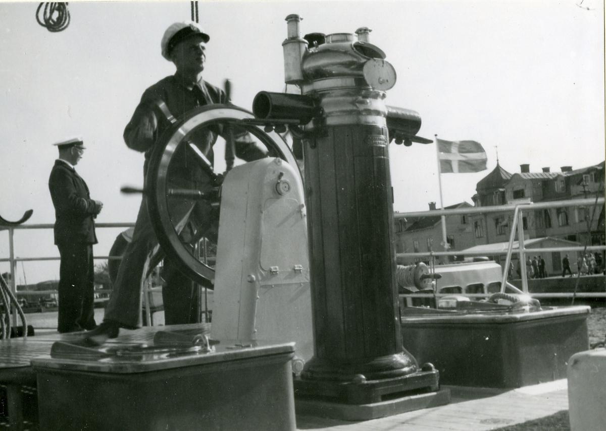Skolfartyget Gladan i England sommaren 1948.