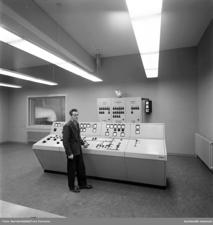 Interiörbilder från Nyhamns kraftverk. Stal Laval.