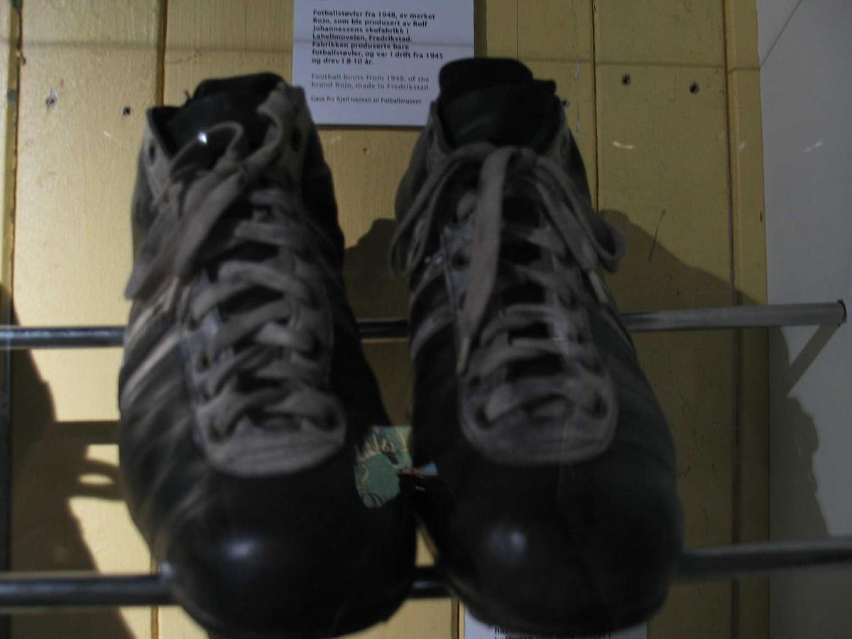 Sko Fotballmuseet DigitaltMuseum