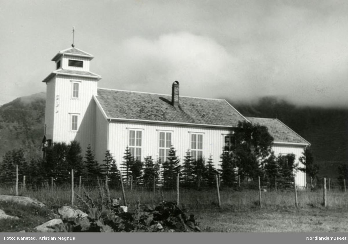 Laukvik kirke, Lofoten