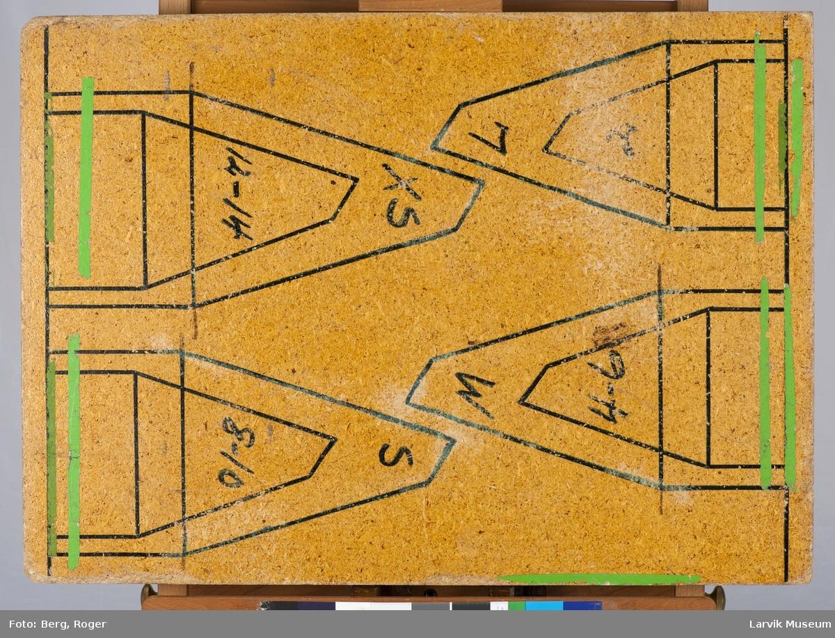 Mønster tegnet på begge sider av en sponplate