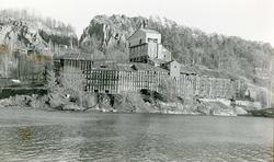 Norsk Hyperit, Valberg, bedriftbygninger. ca. 1980