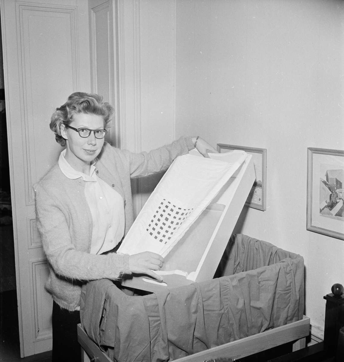 Professor The Svedbergs fru, Uppsala 1954