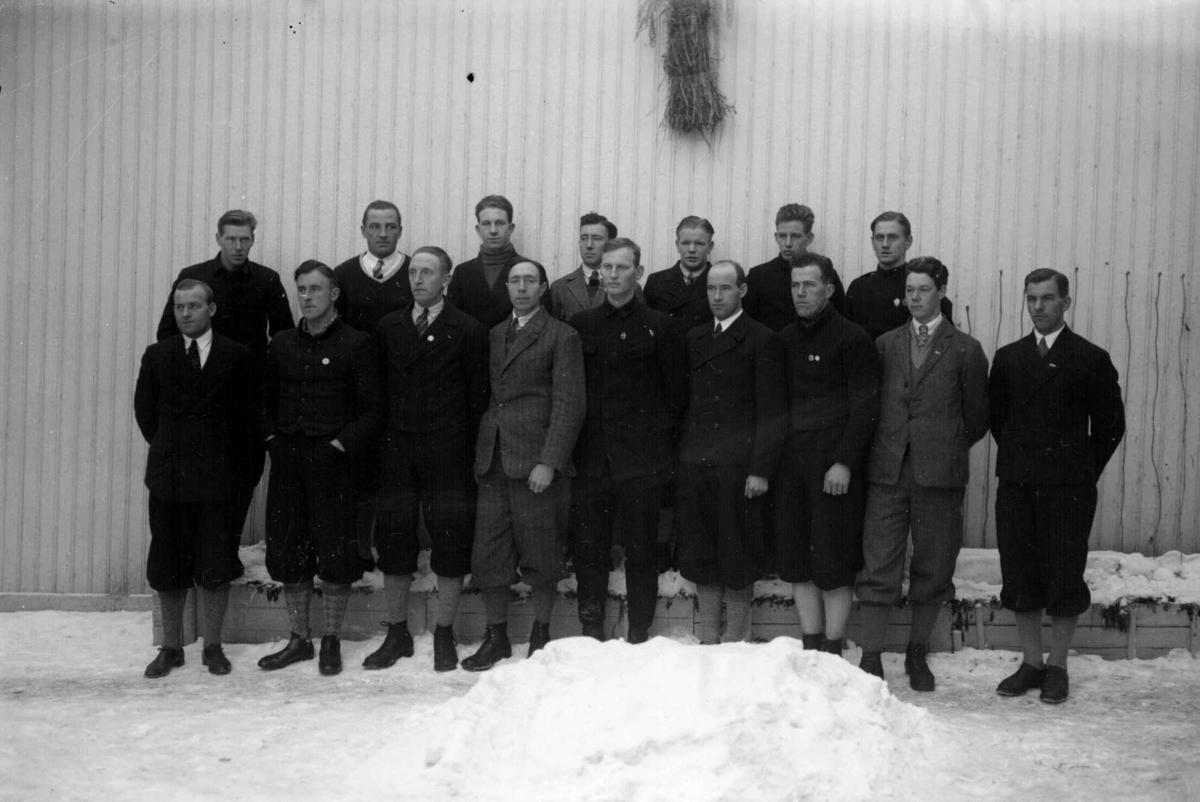 Lillehammerrennene. Hopprenn/Langrenn 1928.  St. Moritz-løpene 1928. Gruppebilde.