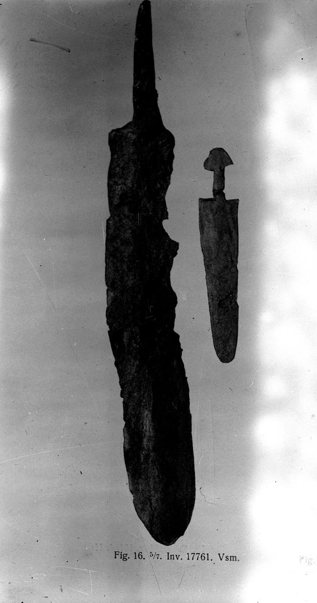 Miniatyrsvärd från Johannisdal 1920-talet.