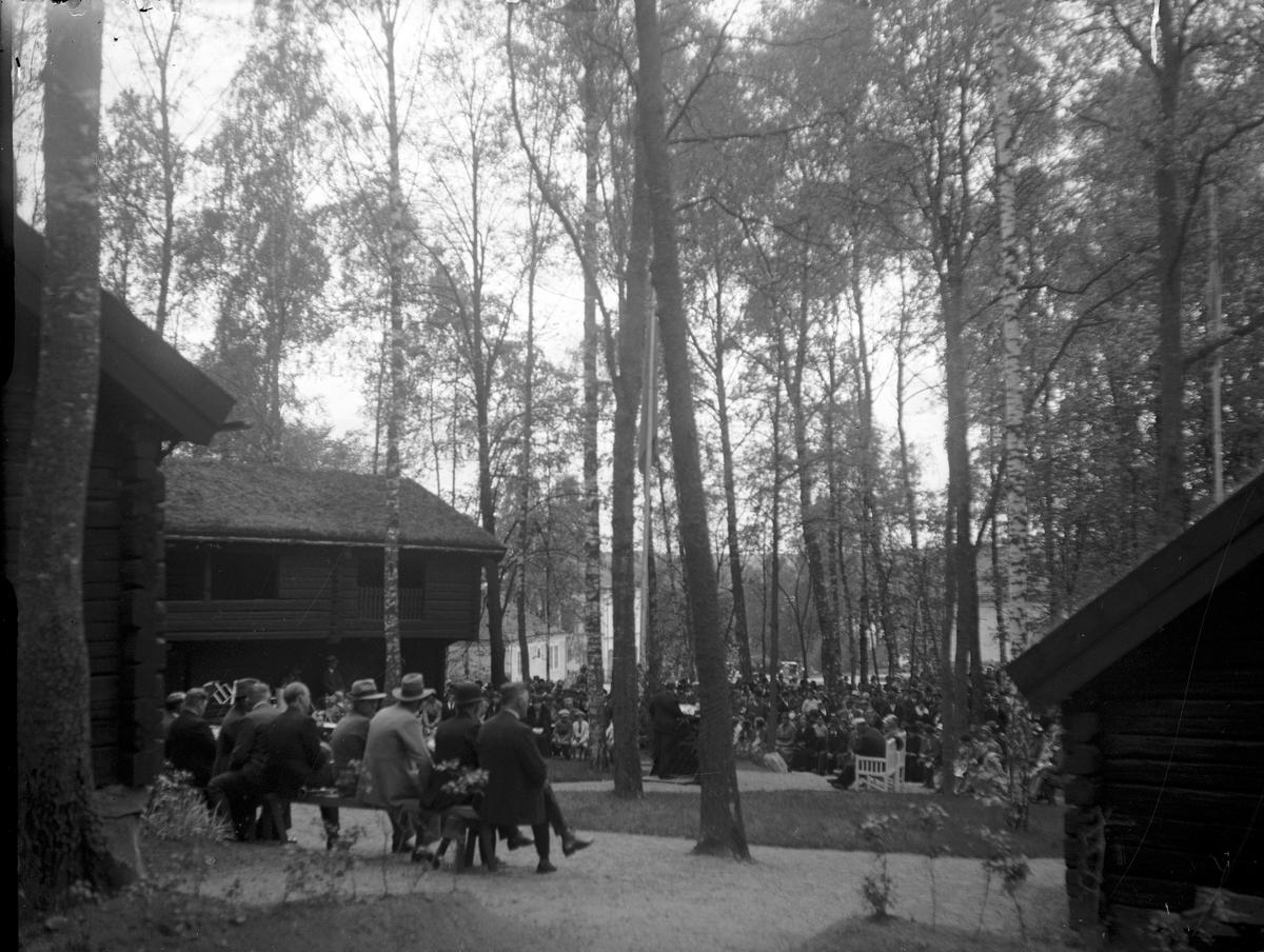 Från Gammelgårdens invigning 28/5 1933. Fotograf E Sörman.
