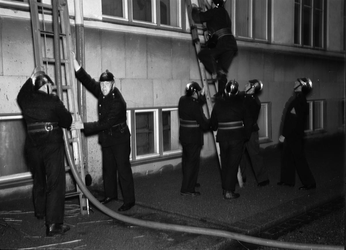 Eldsvåda hos AB Upsala Ättiksfabrik, kvarteret Ejnar, S:T Persgatan 39, Kvarngärdet, Uppsala september 1938