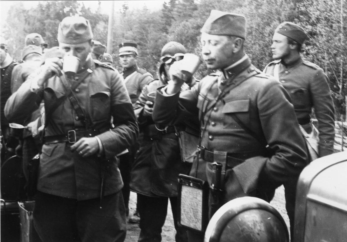 Mollstadius, Axel. Major, A 6. Står längst fram till höger.
