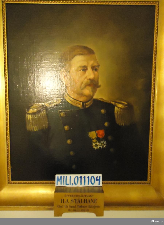Porträtt i olja på duk av Hjalmar Stålhane, inramad i förgylld träram.