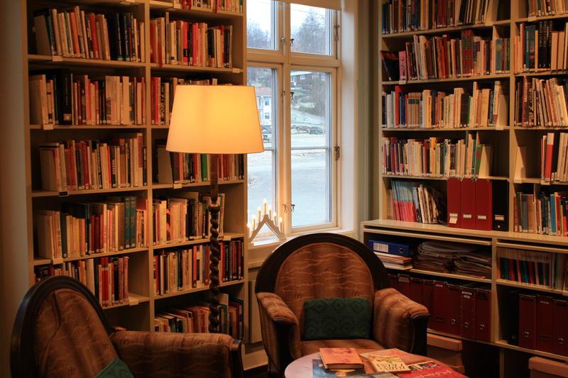 Biblioteket på Kvinnemuseet (Foto/Photo)