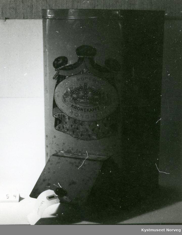 Frampå boksen står det: B.I.RODESEN A/S