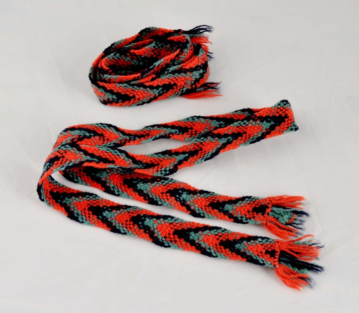 Slengde sokkeband i tre fargar.