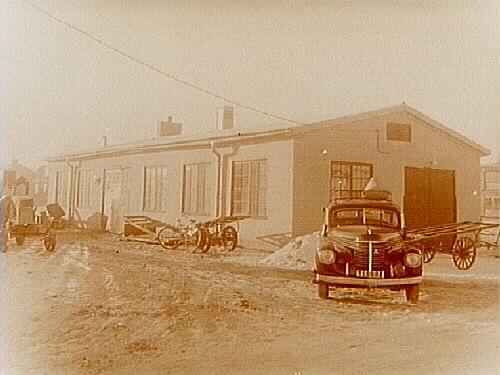 E.S. Sjös Smides & Mekaniskverkstad, en vånings verkstadsbyggnad.Holmens Industriområde