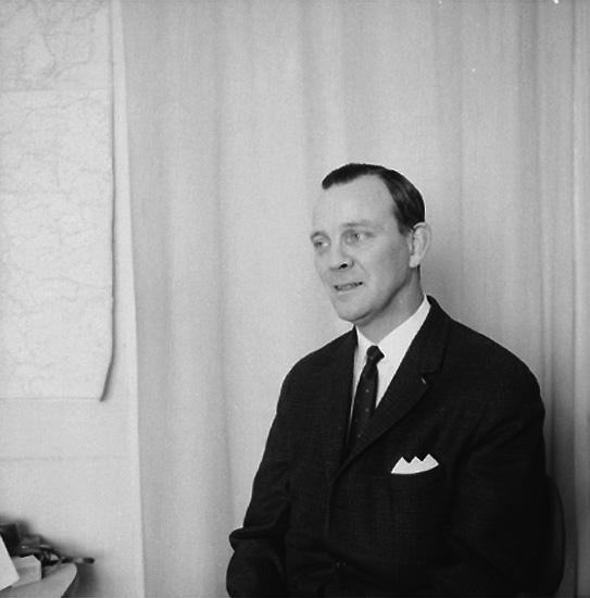 En man, bröstbild.Olle Johansson AB, personalen.