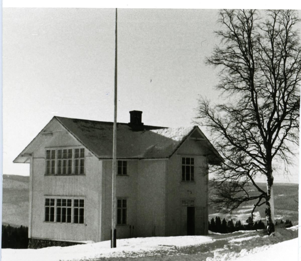 Leirskogen skule i Sør-Aurdal kommune i Valdres.