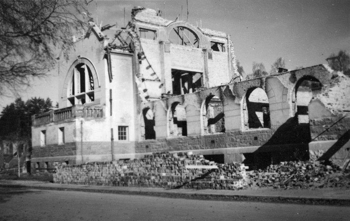 Leiret etter bombingen,april 1940,ruiner