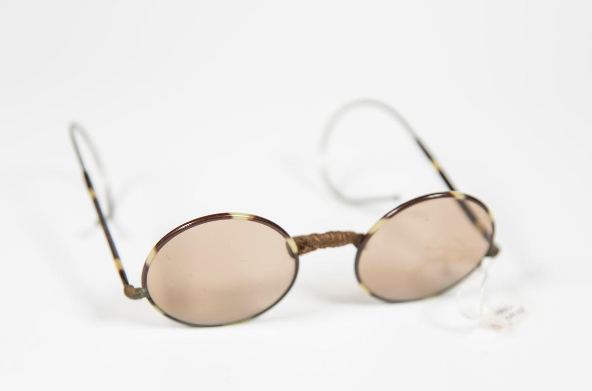 Runde solbriller.