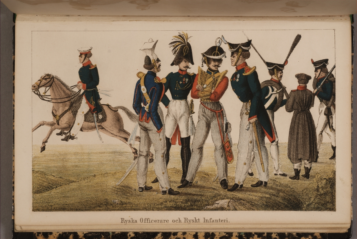 Ryska officerare och ryskt infanteri. Uniformsteckning av Carl Johan Ljunggren tryckt i boken Minnesanteckningar under 1813 och 1814 års kampanjer uti Tyskland och Norge, utgiven 1855.