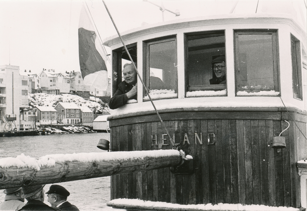 Gjensynstreff for Shetlands- gjengen og Nordsjø- klubben med Shetlands- Larsen ombord båten Heland.