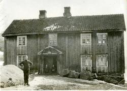 Bygninger og personer fra Blakstad