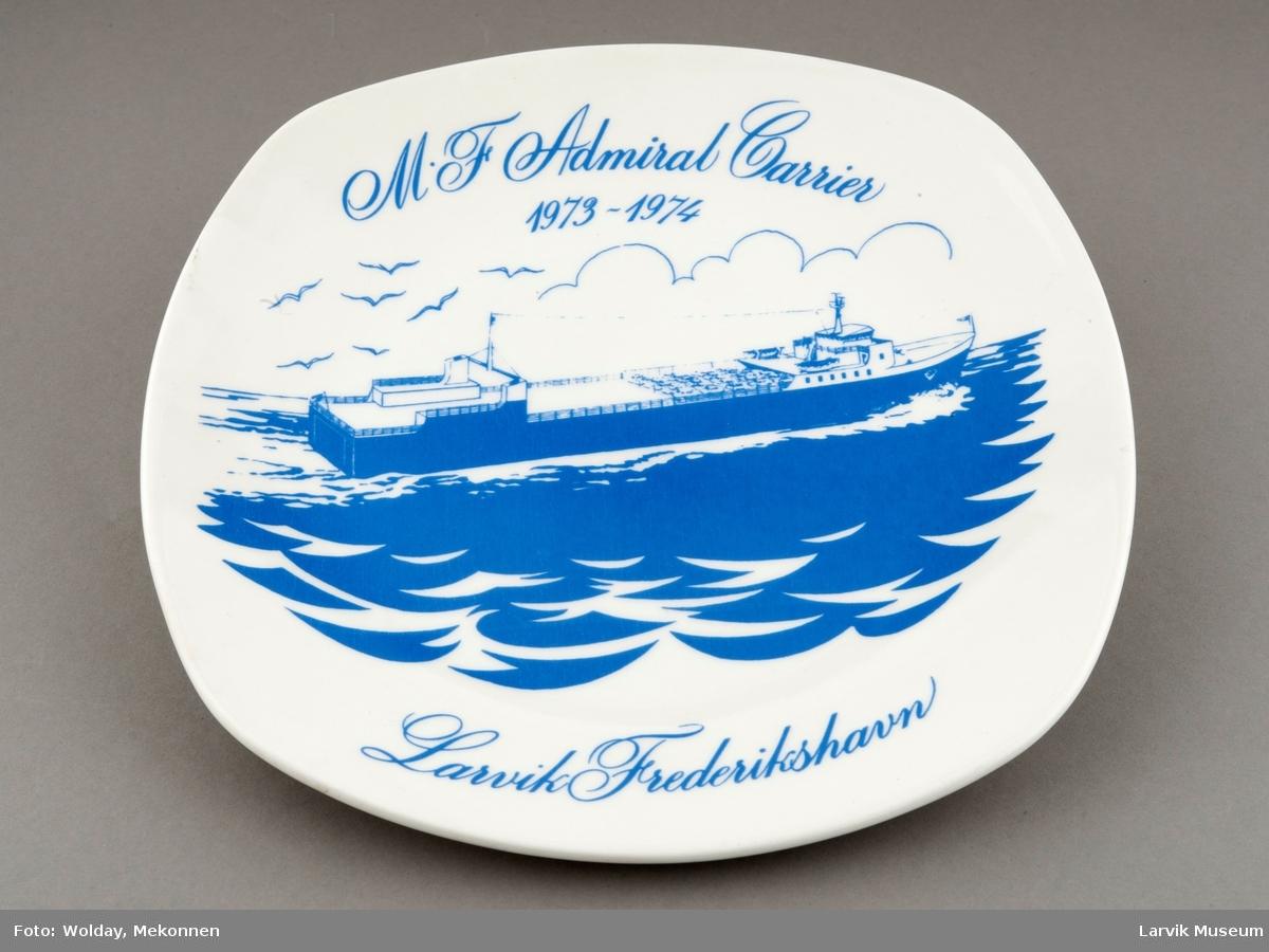 M.F.Admiral Carrier 1973-1974. Larvik Frederikshavn. Ble bygget ved Hatlø Verksted A/S og satt i drift 1973 som følgebåt på ruten Larvik- Frederikshavn i noen hektiske sommermåneder, for senere å gå over i Nordsjø-fart på t/c. Illustrasjon v/ Hans Marius Østeng.