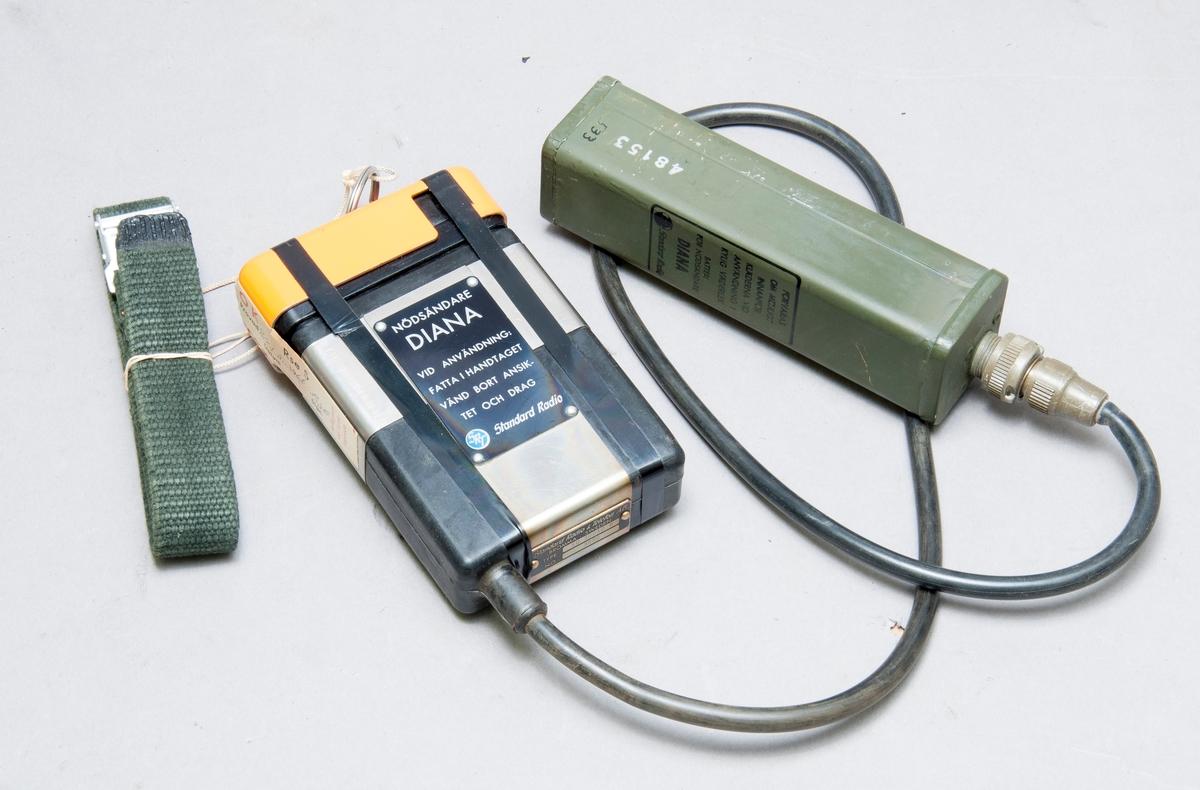 Nödsändare för batteri, med bärrem. Batteri-Mercury, 6-75volt, type SKB-853, 075, tillv- mallory batteries ltd england.