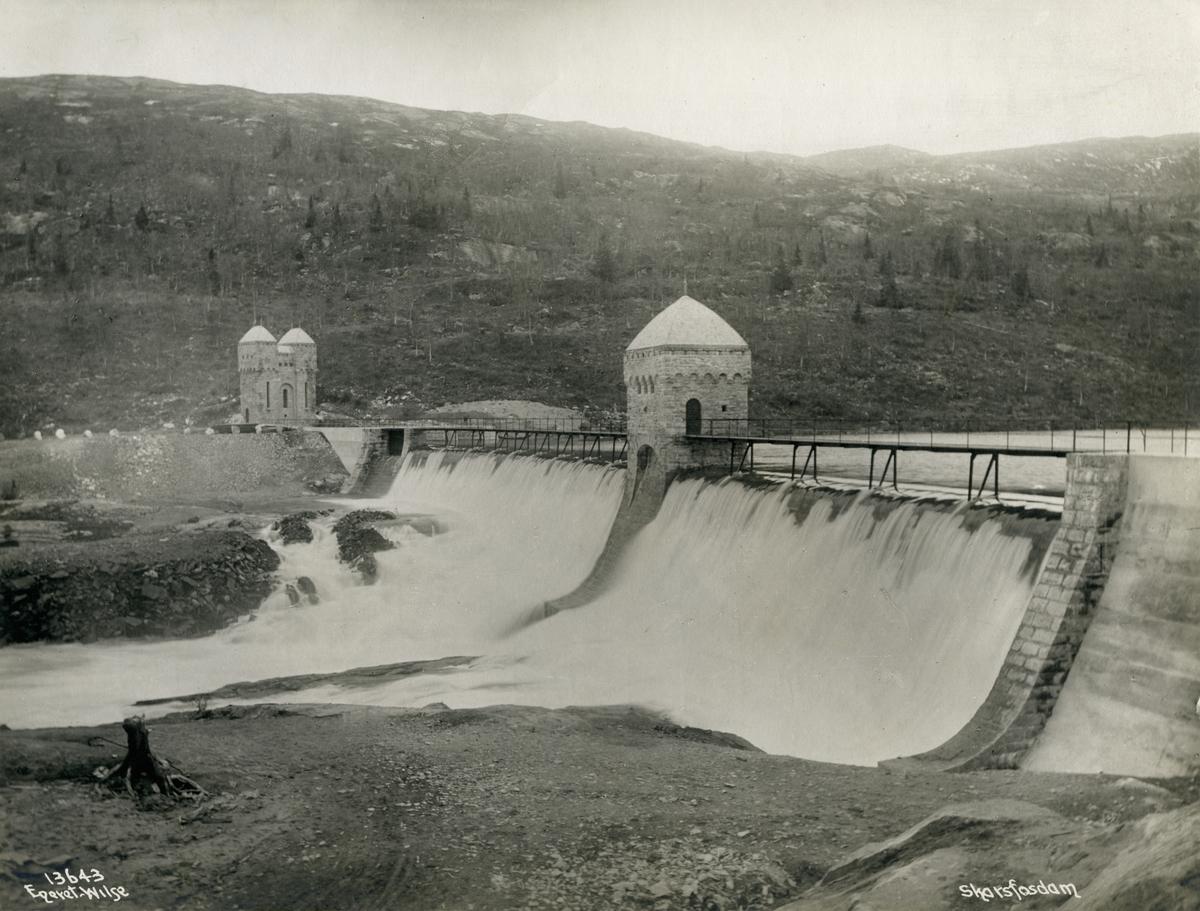 Norsk Hydroelektrisk Kvælstof aktieselskab. Skarfosdam. Rjukan, Telemark fylke i Norge.